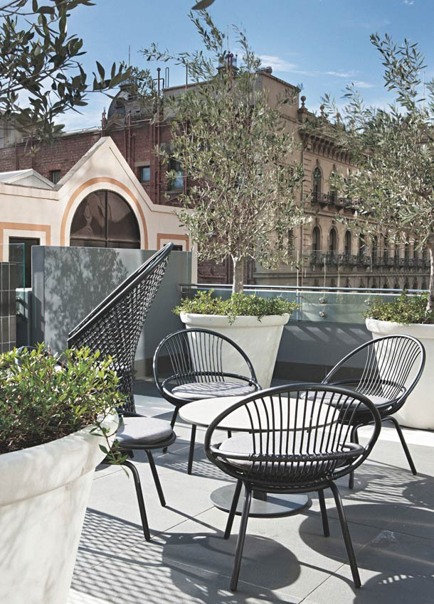 furniture-handcrafted-contract-hotel-sheraton-02_w