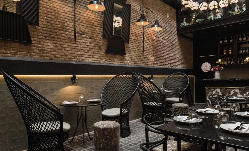 expormim-furnituer-contract-restaurant-random-hero-02