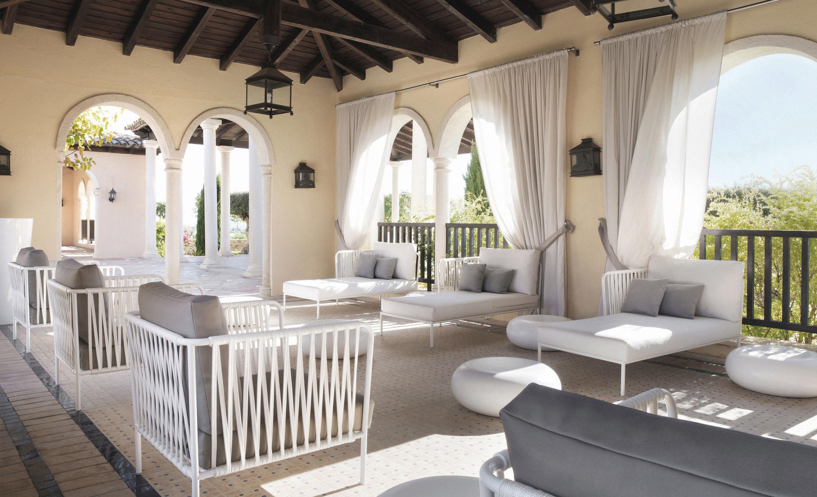 expormim-furniture-handcrafted-contract-hotel-melia-villaitana-hero
