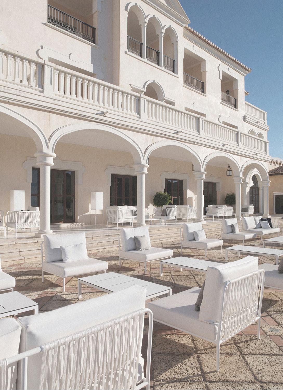 furniture-handcrafted-contract-hotel-melia-villaitana-02