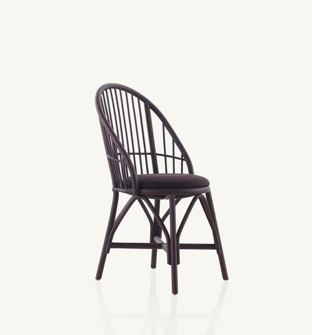 Coqueta upholstered dining chair