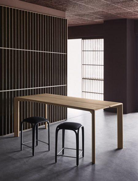 expormim-furniture-indoor-fontal-barstool-upholstered-02-w
