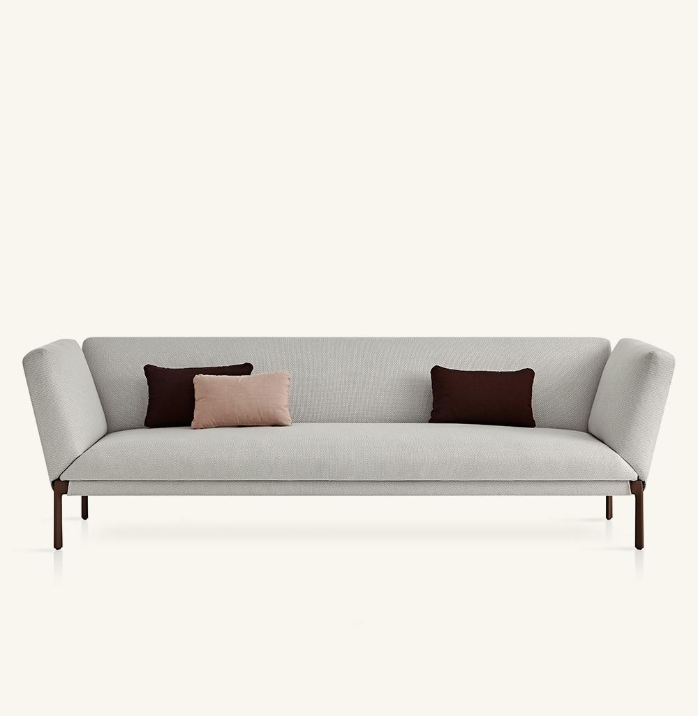 Livit XL sofa with high armrest