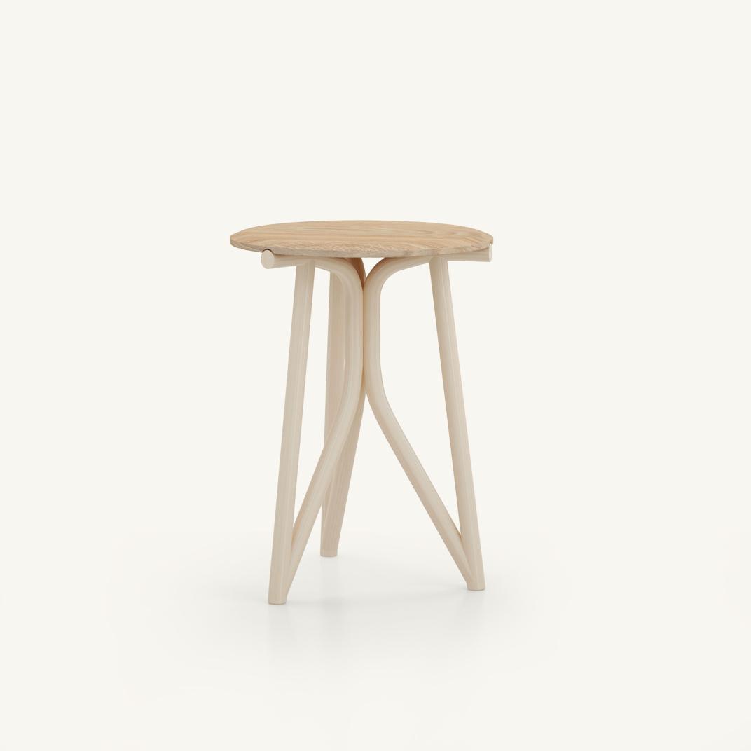 Kiri round coffee table