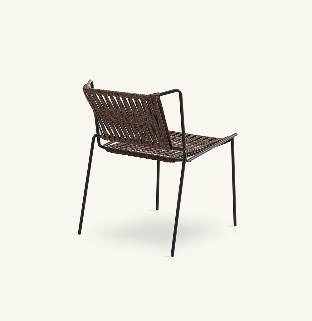 Out_linehand-woven chair