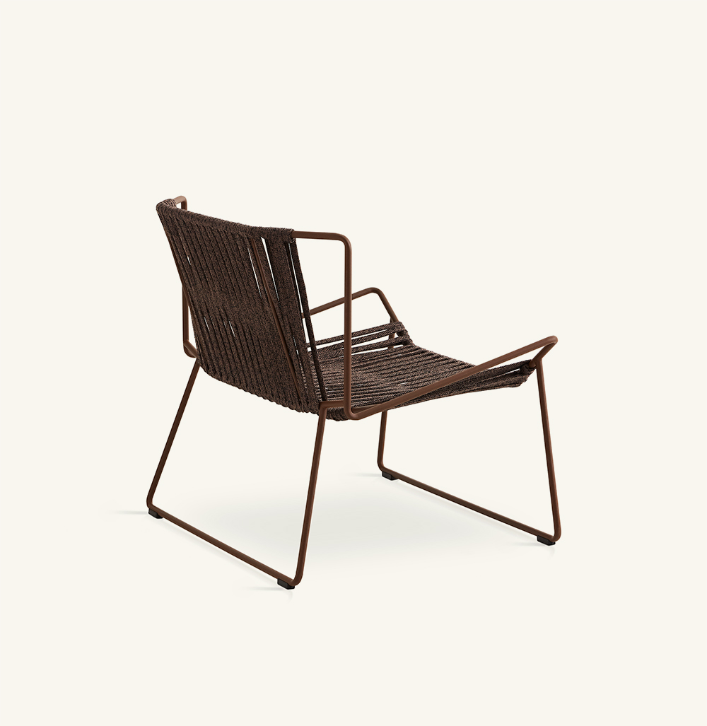Out_Linehand-woven armchair