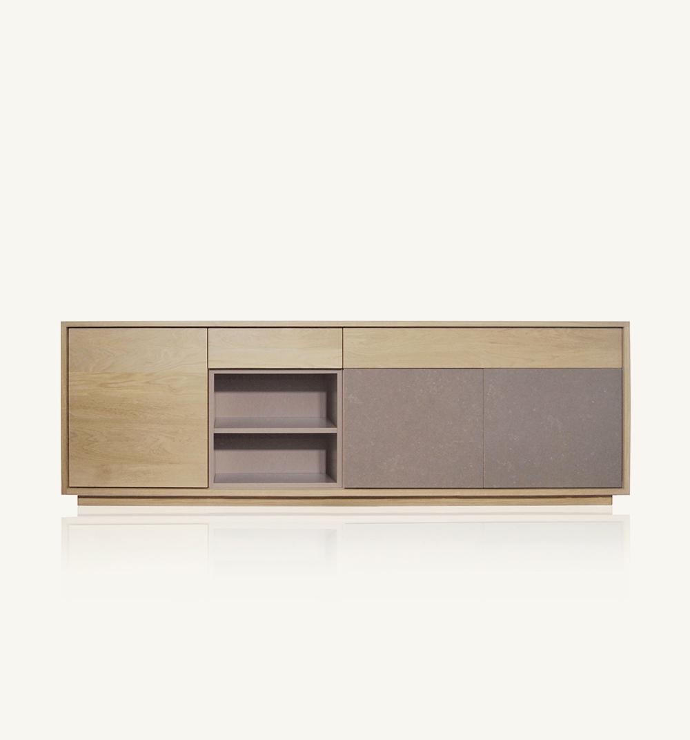 Basic3-door sideboard