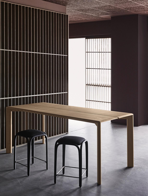 Kotai high dining table