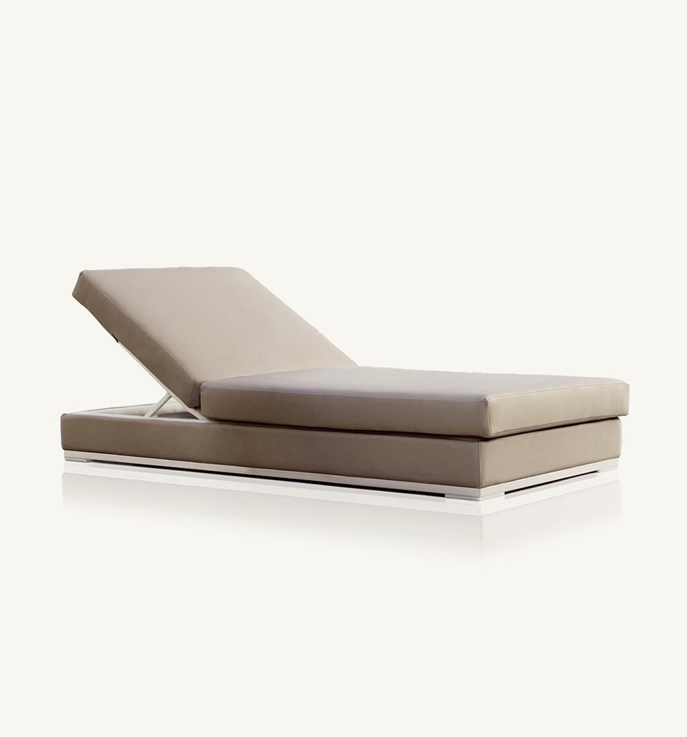 Slim chaise longue