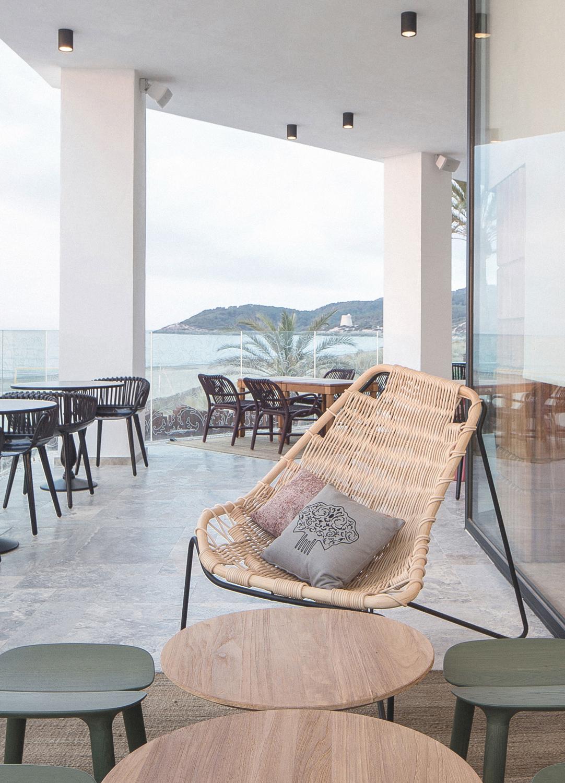 furniture-handcrafted-contract-restaurant-estado-puro-02