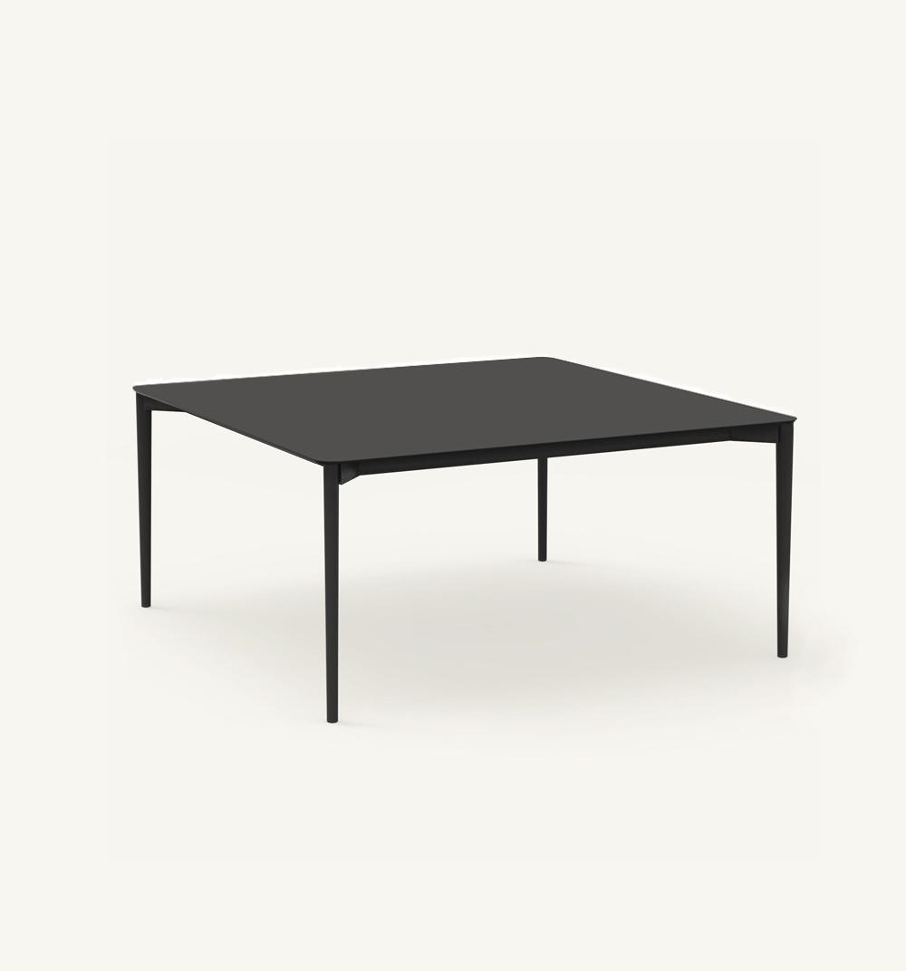Table carrée Nude