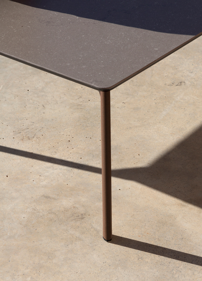 bare-coffee-table-studio-expormim-furniture-outdoor-01