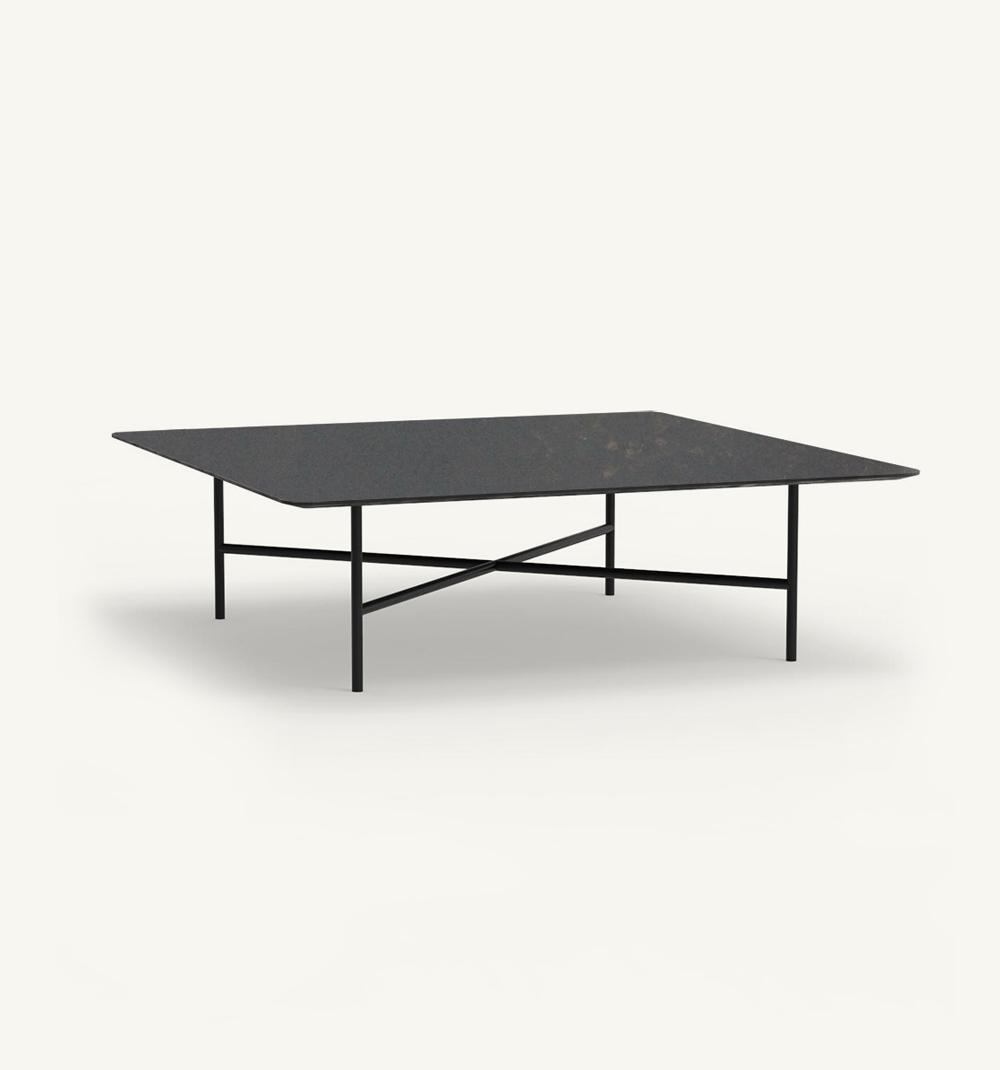 Grada outdoor square coffee table