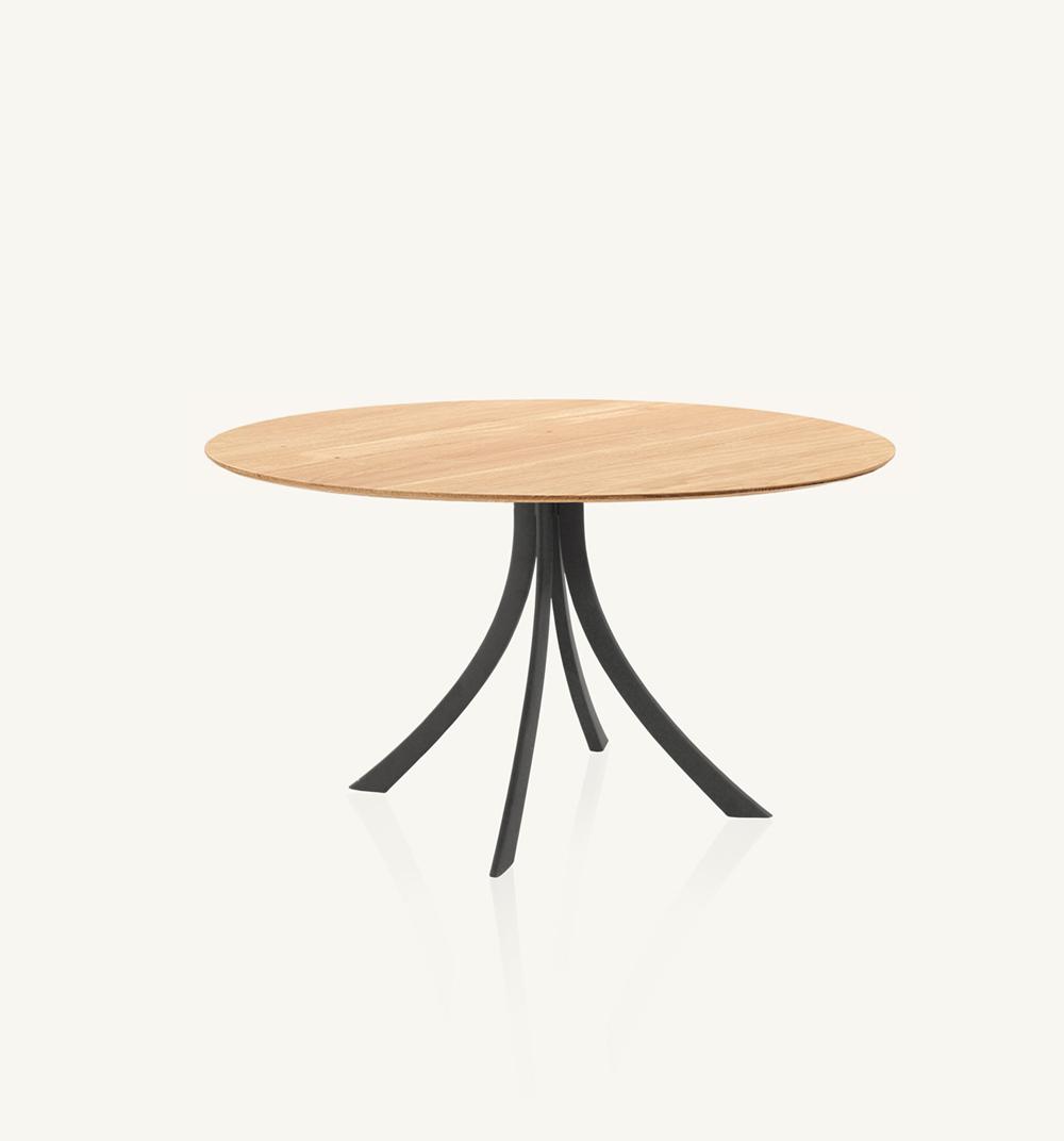 Falcata indoor round dining table
