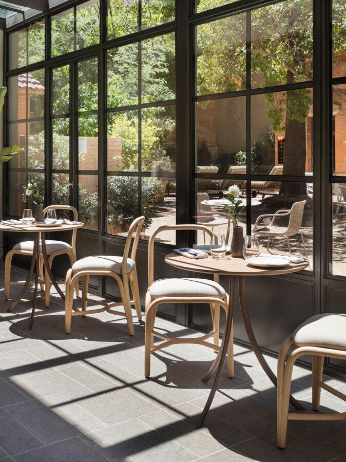 bistro-indoor-dining-table-manel-molina-expormim-handmade-furniture-indoor-03
