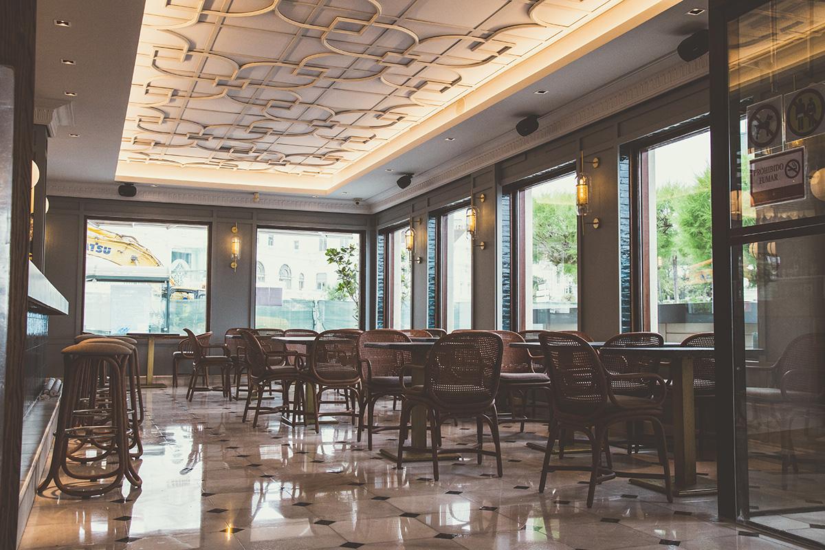 Expormim-Spain-Santander-Restaurante-Maremondo-Frames-dining-armchair-wih-rattan-legs-T041-R-(07)