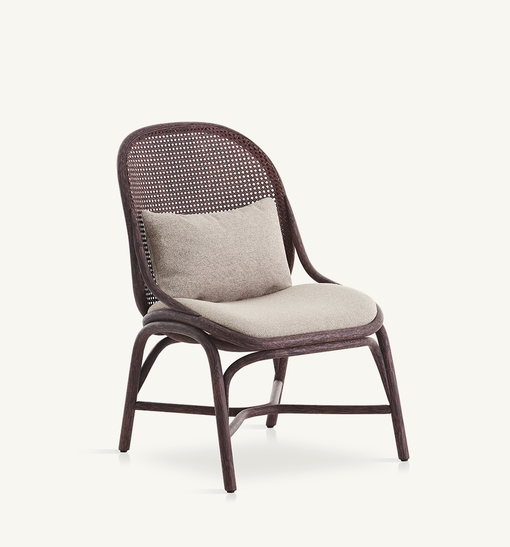 Frames upholstered lounge chair