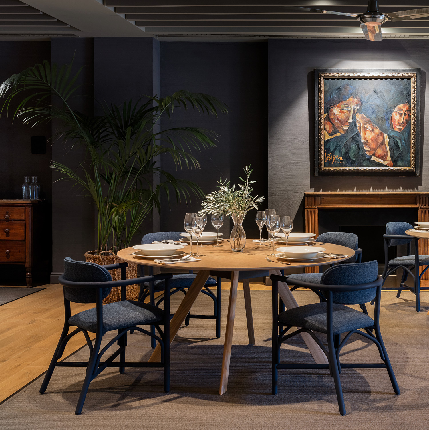 atrivm-dining-table-manel-molina-expormim-handmade-furniture-indoor-07